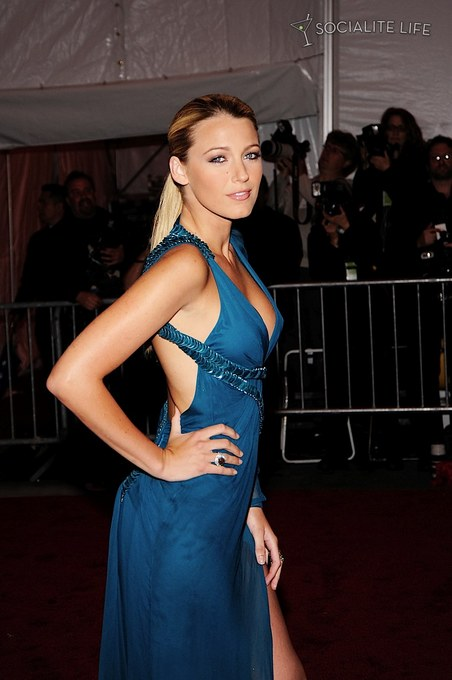 blakelively-costume-met-gala