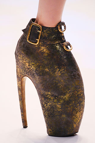 mcqueen-shoes-ss10-1