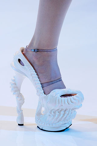 mcqueen-shoes-ss10-5