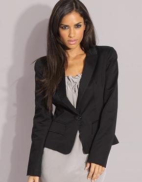 shoulder blazer